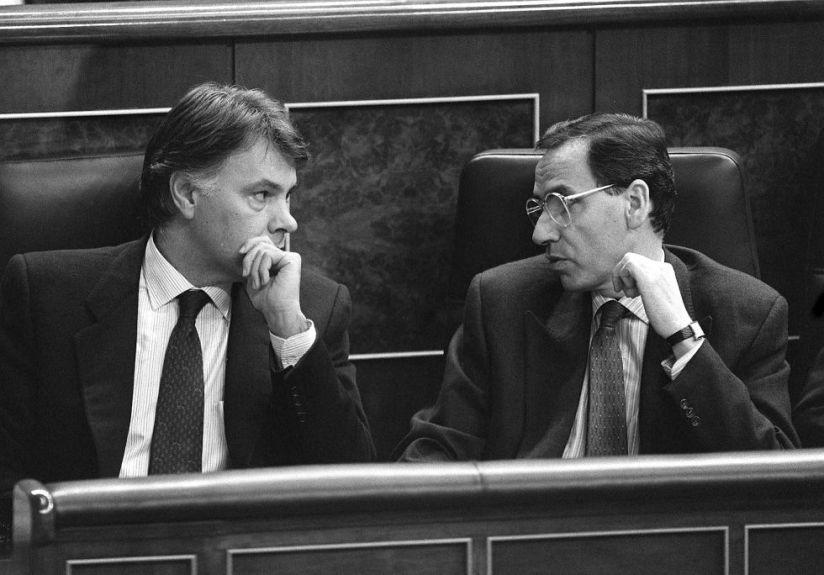 Ciudadanos, Podemos y las historias delpasado